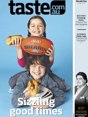 croppedimage300400-Cover-Melb-Sausage-Footy1-copy.jpg